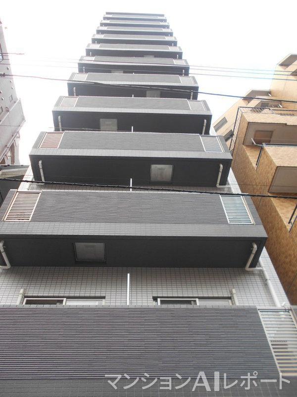 ジェノヴィア西新宿グリーンウォール